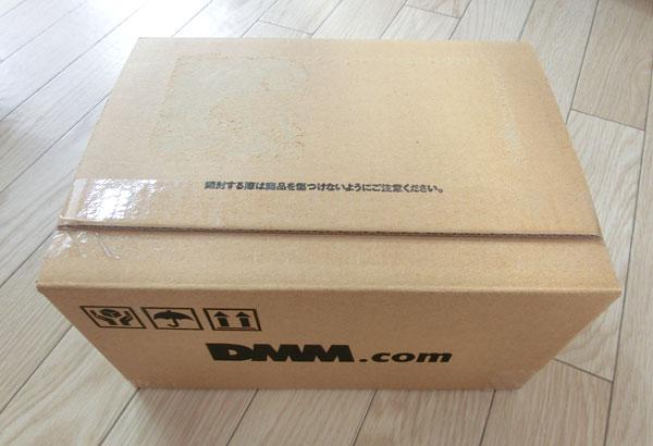 DMMの宅配レンタルコミックの外箱