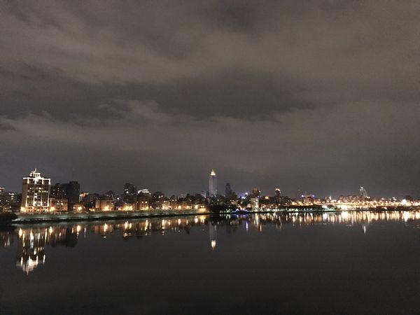 台北橋から見る台北の夜景