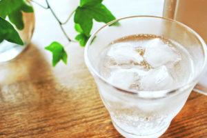 炭酸水の種類と飲み方