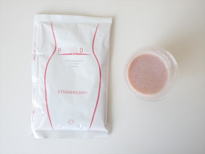 美容液ダイエットシェイクのストロベリー味2